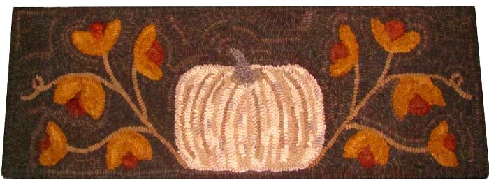 AUTUMN GLORY TABLE RUNNER rug hooking pattern