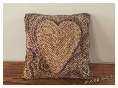 WHIMSY HEART PATTERN