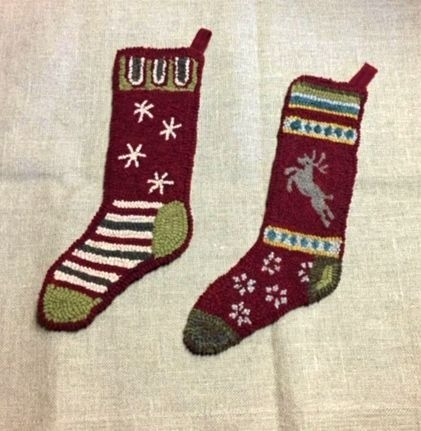 STOCKINGS PRANCER AND SNOWFLAKE rug hooking pattern (2 stockings)