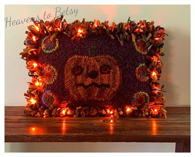 HALLOWEEN PUMPKIN PILLOW PATTERN