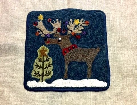 MOOSECHEVIOUS rug hooking pattern