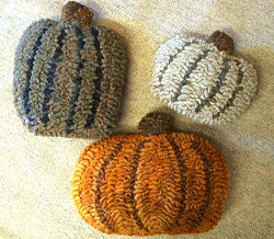 4 PUMPKINS CUT OUTS PATTERN